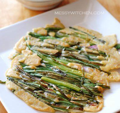 Pajeon – Korean Spring Onions Pancake