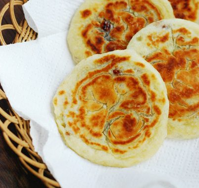 Hotteok (Hoddeok) – Sweet Korean Pancake